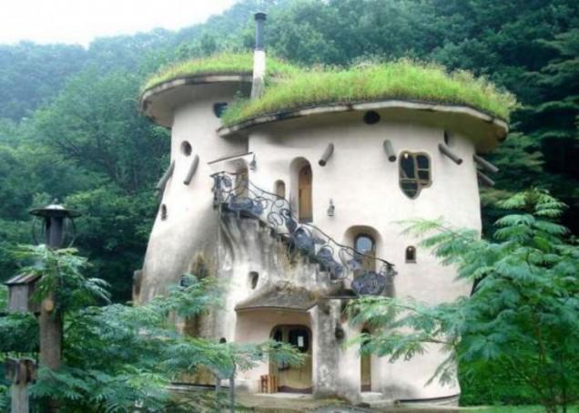 къща от глина