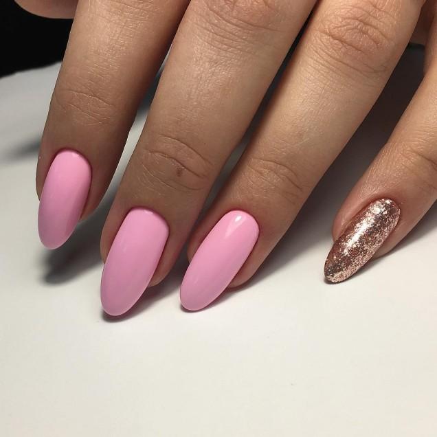 остри нокти в розово