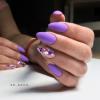Деликатен лилав маникюр