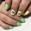 маникюр с цветя къси нокти