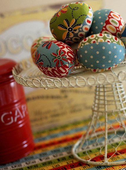 платнени великденски яйца