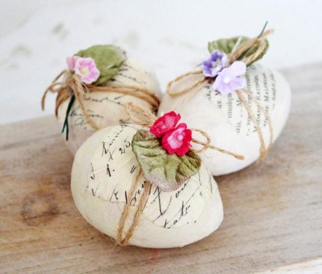 великденски яйца с естествени материали