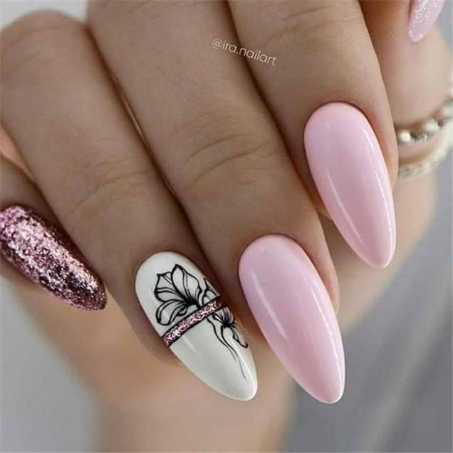 розов бадем нокти