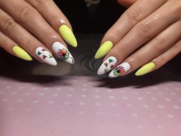 идеи за нокти жълти