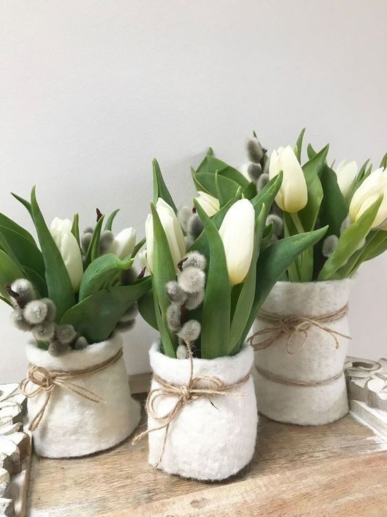великденски кошнички с цветя