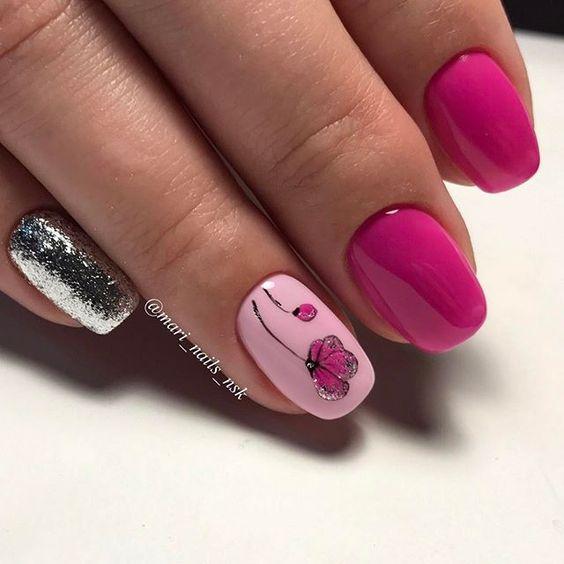 Маникюр в розово и сиво