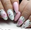 бяло и розово маникюр
