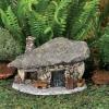 къщичка от камъни.jpg