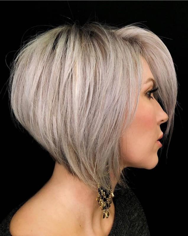 Прическа за среднодълга коса