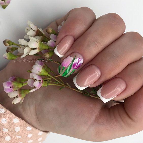 френски за къси нокти