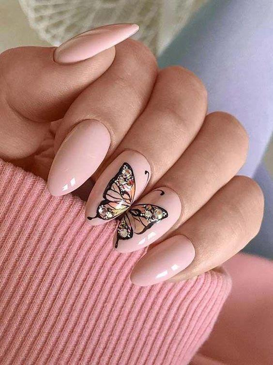 нежнорозов маникюр пеперуди