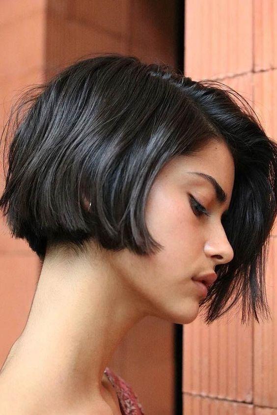 каре на къса коса