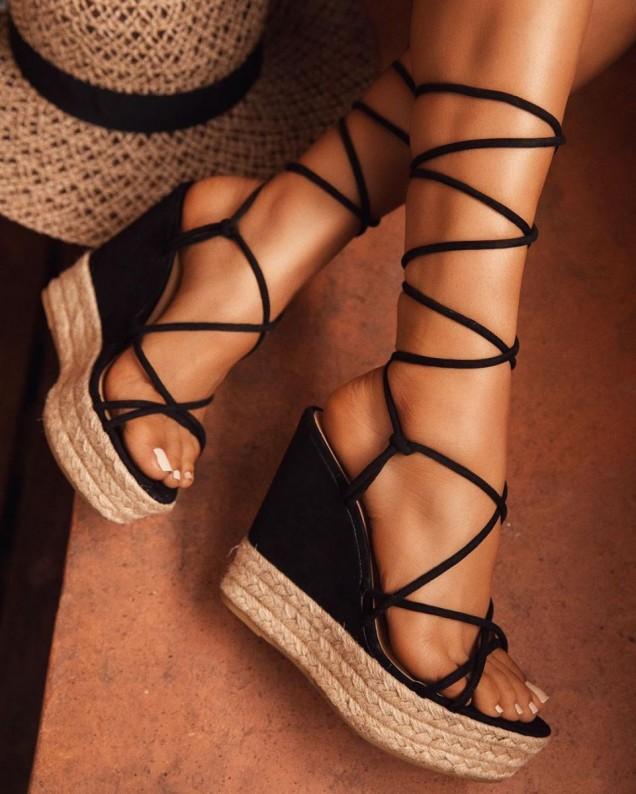Намалени дамски обувки на платформа