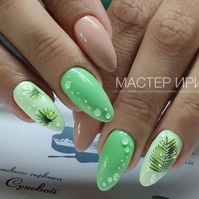 зелен маникюр