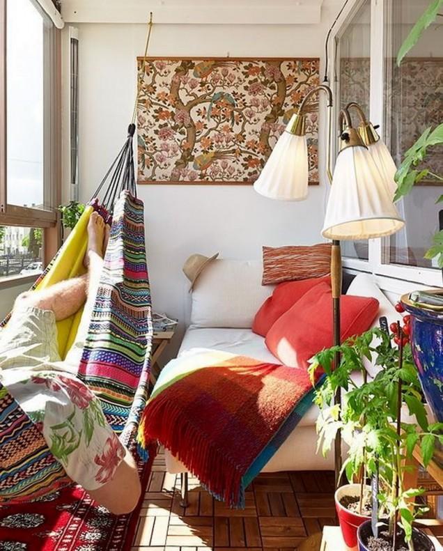 Идеи-за-остъклен-балкон