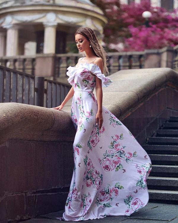 модерна рокля лято 2020