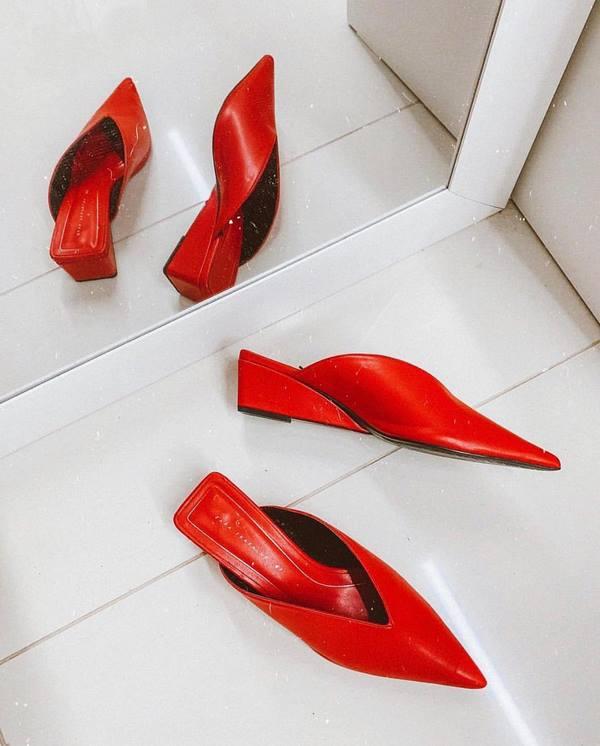 червени чехли
