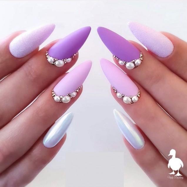 люляков маникюр с перли