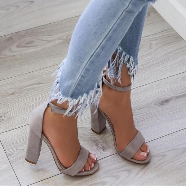 сандали 2020