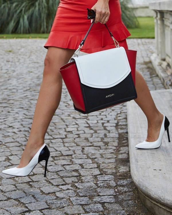бели остри обувки
