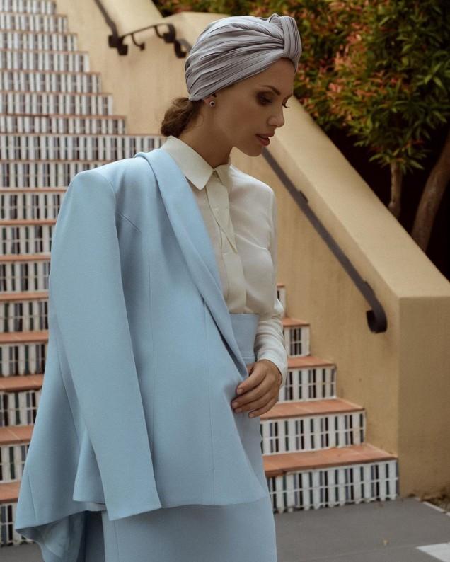 Ежедневни дамски костюми