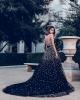черна дълга рокля