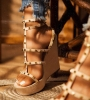 Обувки на платформа тенденз