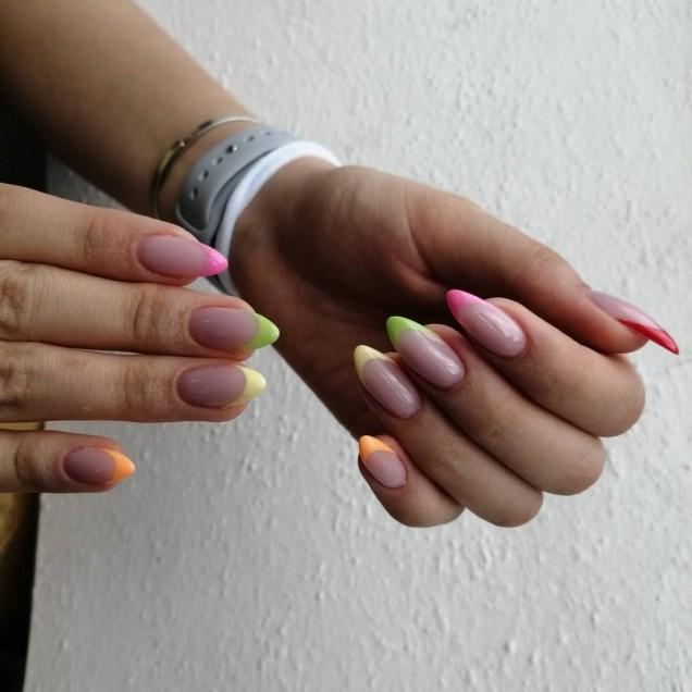 френч на дълги нокти