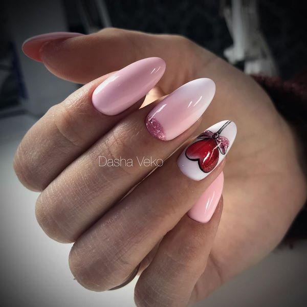 нежен розов омбре маникюр
