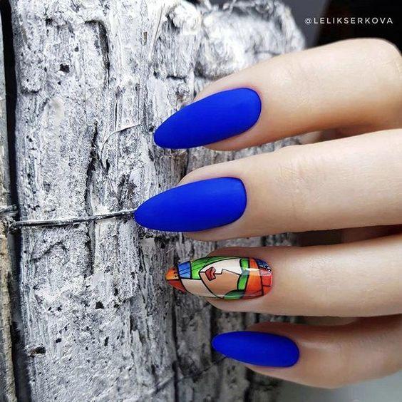 арт маникюр в синьо