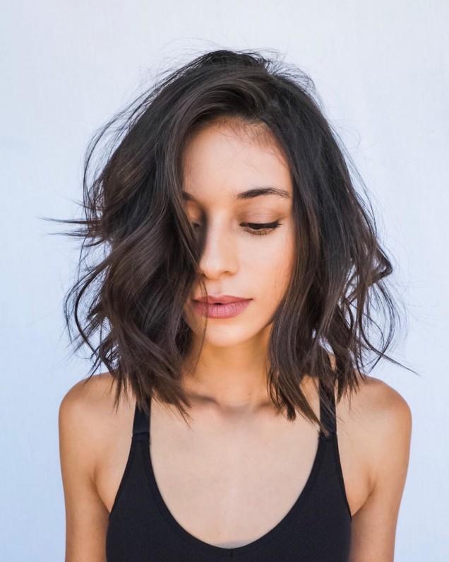 Ежедневни прически за средно дълга коса