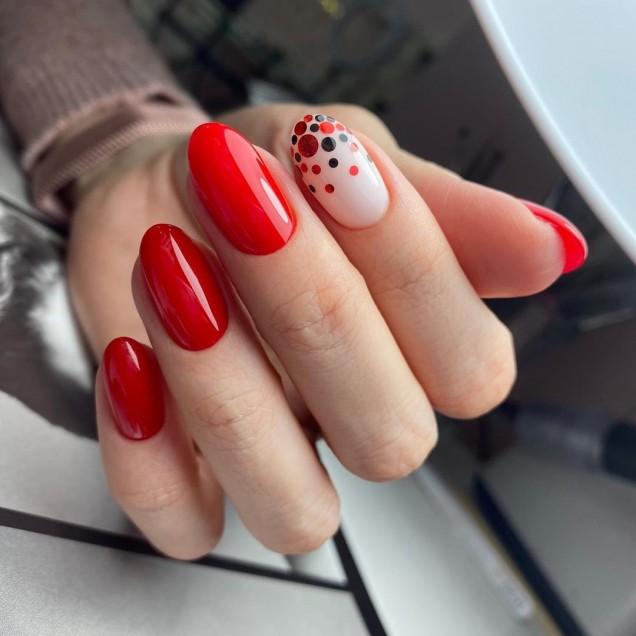модерен  дизайн на ноктите през 2020