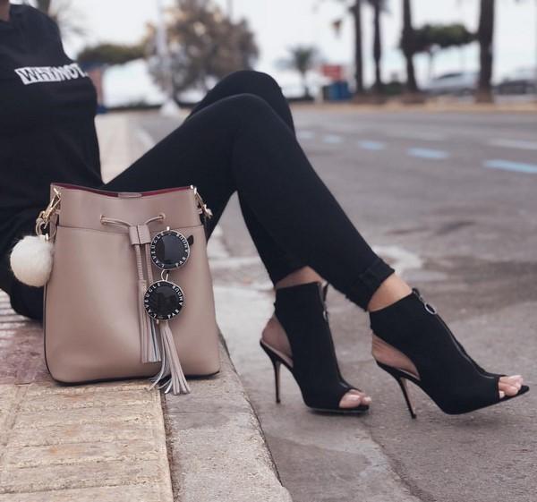 модерна чанта