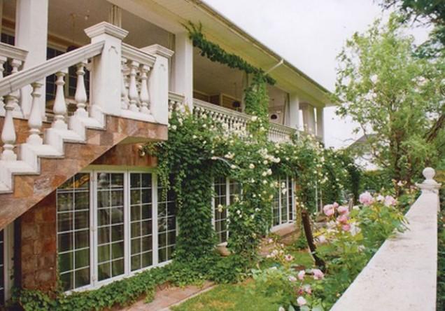 уникалният дом на Маги Халваджиян