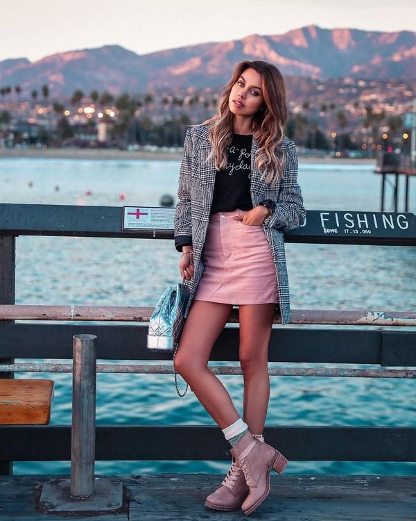 къса розова пола