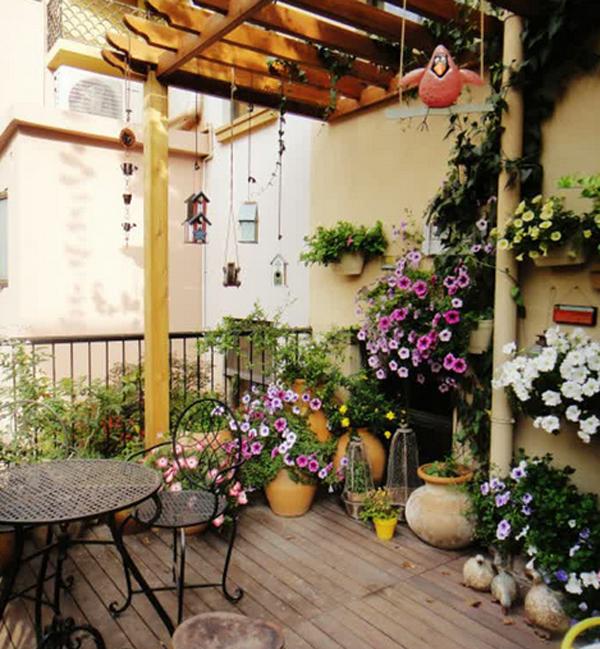 лятна градина на балкона