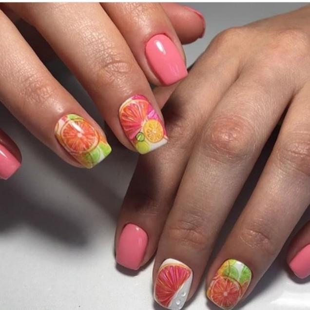 къси нокти с плодчета.jpg