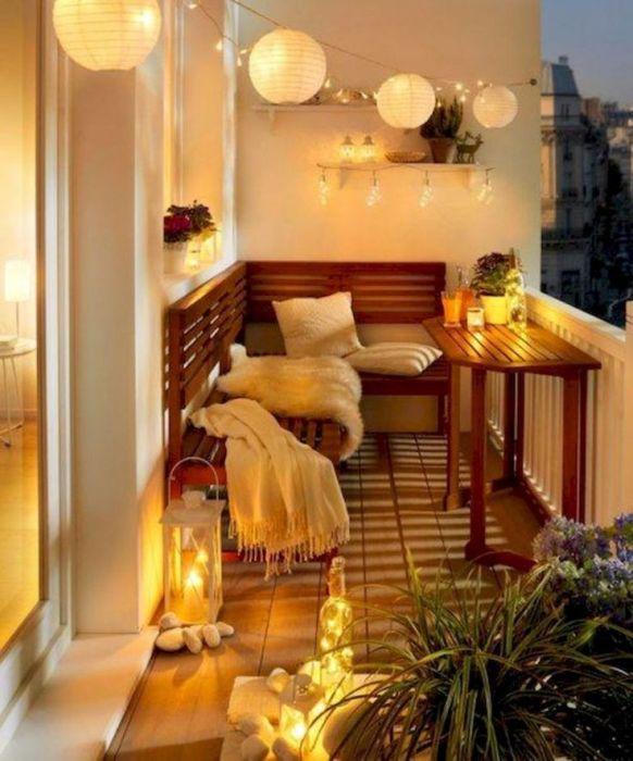 романтично осветление балкон