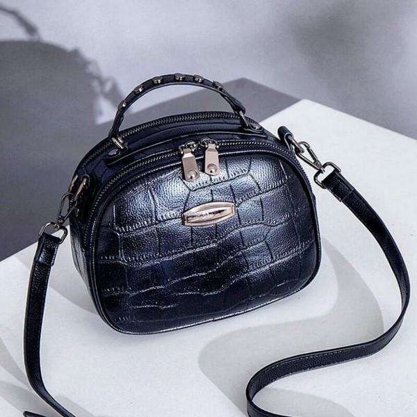 черна чанта спортна