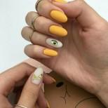 летен дизайн на нокти с плодове