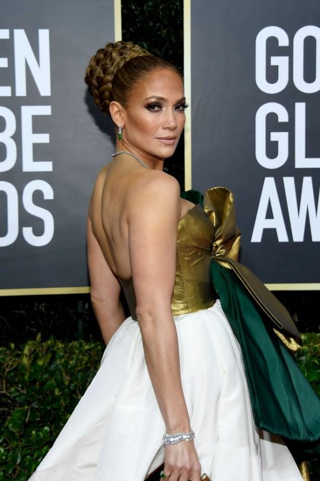 Дженифър Лопес красива рокля