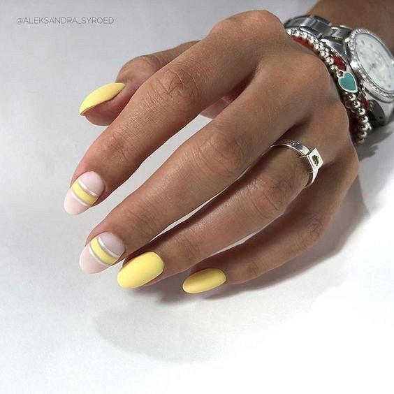 Летен маникюр в жълто