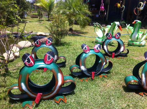 градински декор от гуми