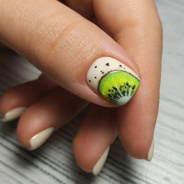 нокти с киви летен дизайн