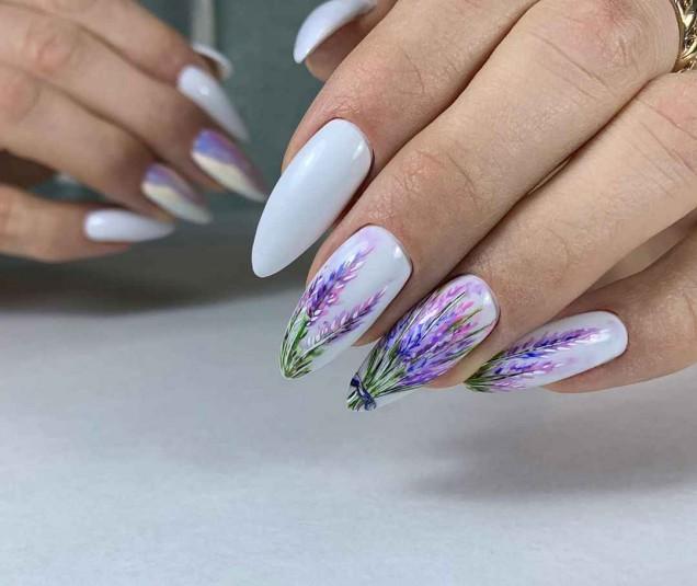 лавандулов маникюр дълги нокти