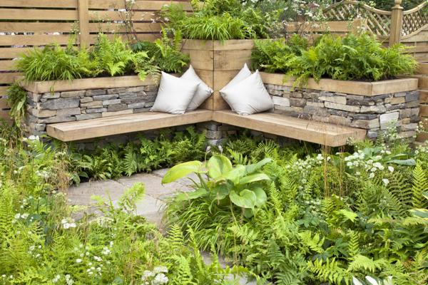лесни мебели за градината