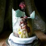 торта Красавицата и звяра