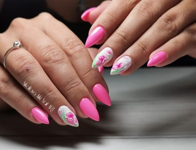 розови остри нокти.jpg
