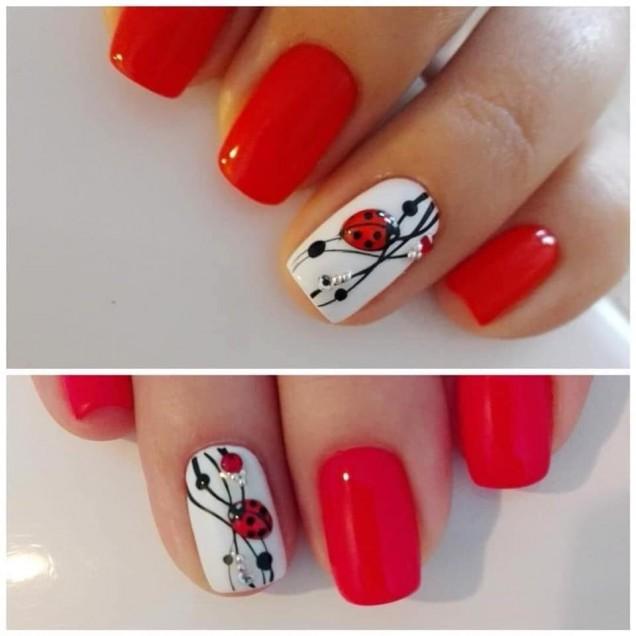 къси червени нокти с цветя.jpg