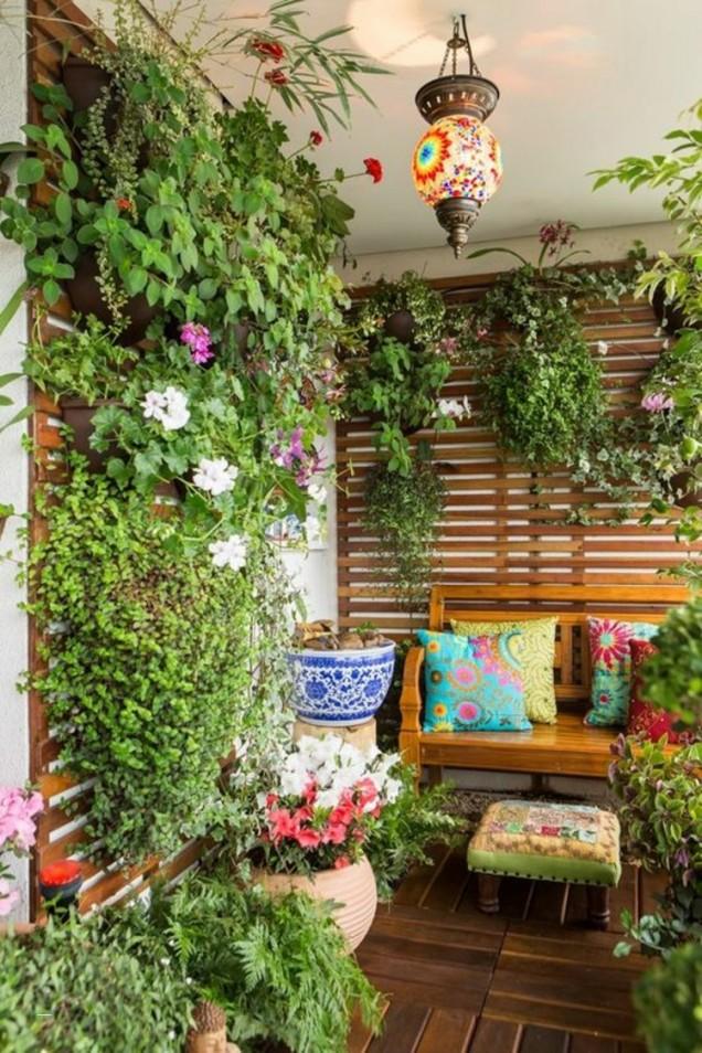 балкон растителност